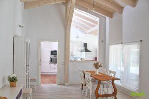 Passivhaus-y-los-edificios-enfermos-casa-medgon-cocina